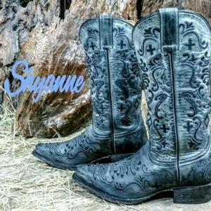 Shyanne cowboy boots size 7.5B